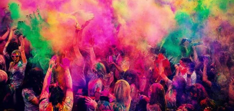 Your complete skin and hair care guidelines for Holi