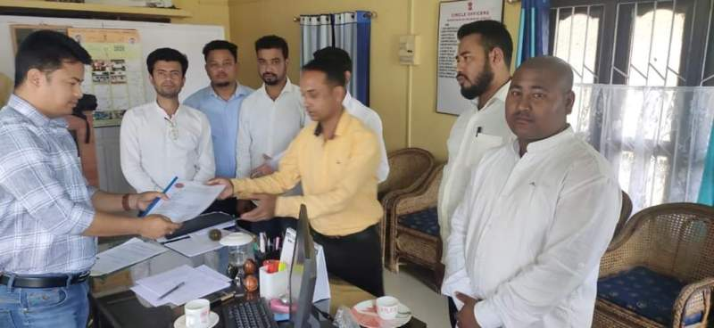 Lakhimpur All Assam Students' Union (AASU) submits memorandum