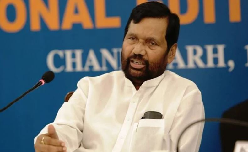 Minister Ram Vilas Paswan urges States to ensure uninterrupted supply of grains