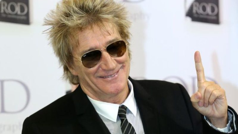 Rod Stewart spotted donning protective gloves in California