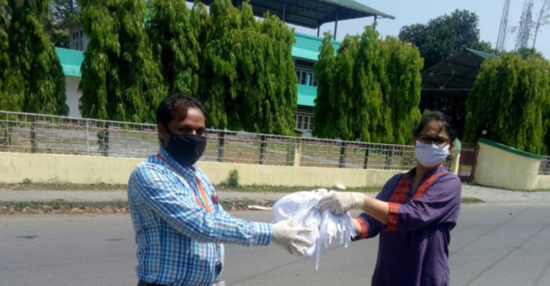 Bongaigaon Refinery distributes face masks to needy persons across Assam