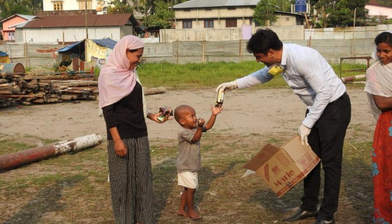 Relief materials supplied to stranded circus group members of Kokrajhar