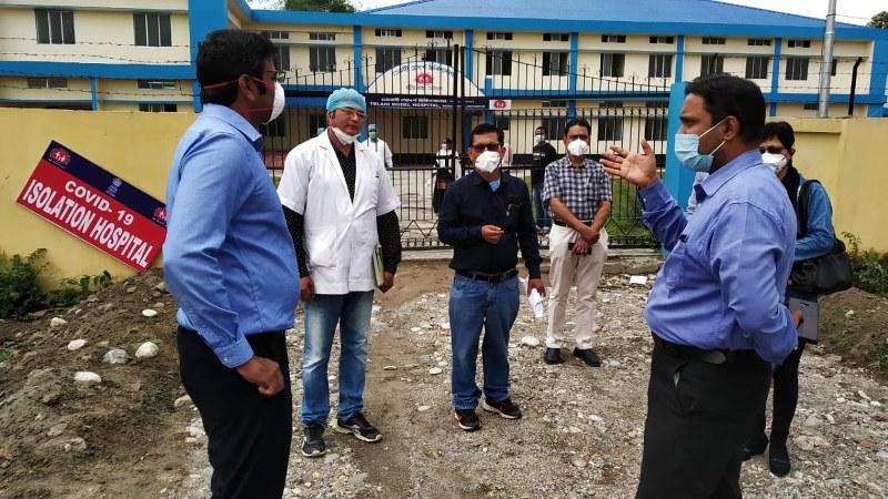 Managing Director of NHM Dr. Lakshmanan visits COVID-19 hospital at Lakhimpur