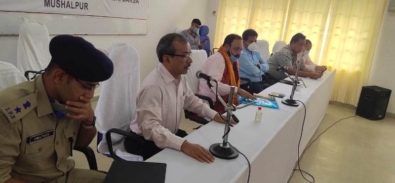 Minister Keshav Mahanta stresses completion of repair work of embankment in Mushalpur