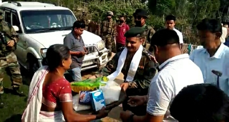 Assam Regiment distributed food Relief among homeless families in Tinsukia