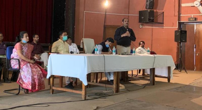 Tezpur MP Pallab Lochan Das reviews steps taken to implement lockdown guidelines