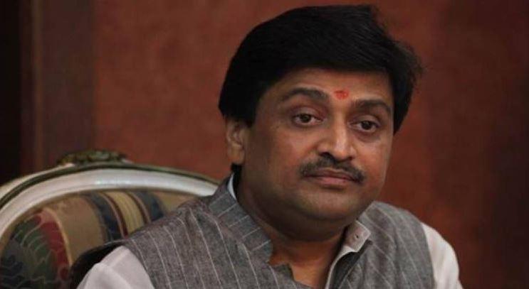 Maharashtra Ministers cry conspiracy; blames railways for Bandra fiasco