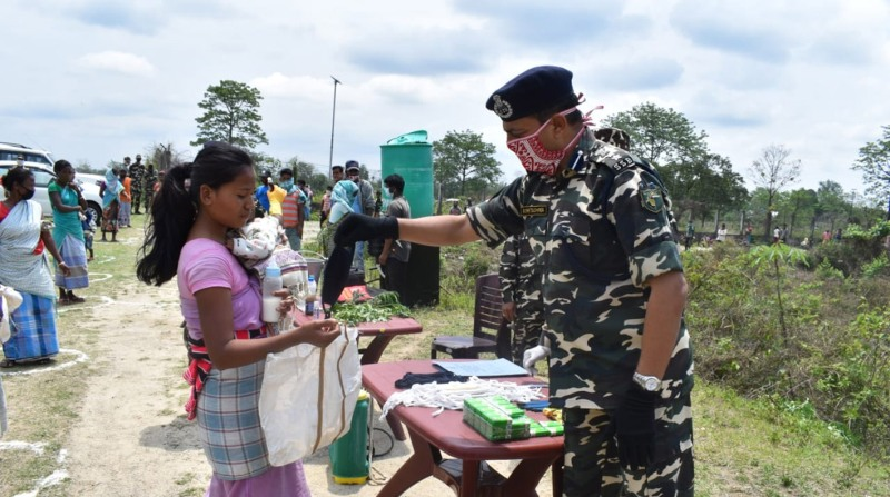Sashastra Seema Bal (SSB) extends helping hand to the poor in Assam